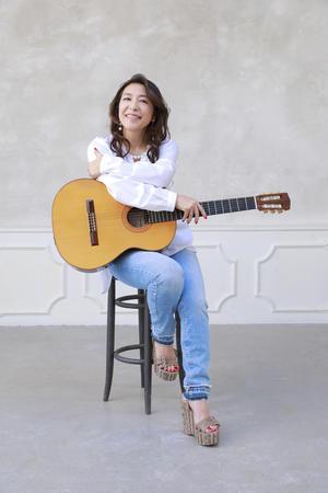 小野リサ(ジーンズB・ギター)  1252.jpg